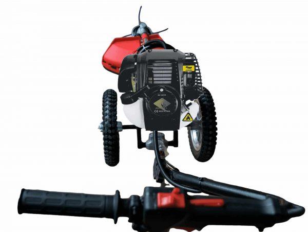 alt=Decespugliatore con ruote 4 tempi AG-GZ35