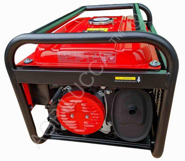alt=Generatore Bison Power bs3000 lato scarico