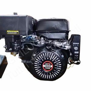 alt=Motore a scoppio BISON power 18hp avvio elettrico e batteria